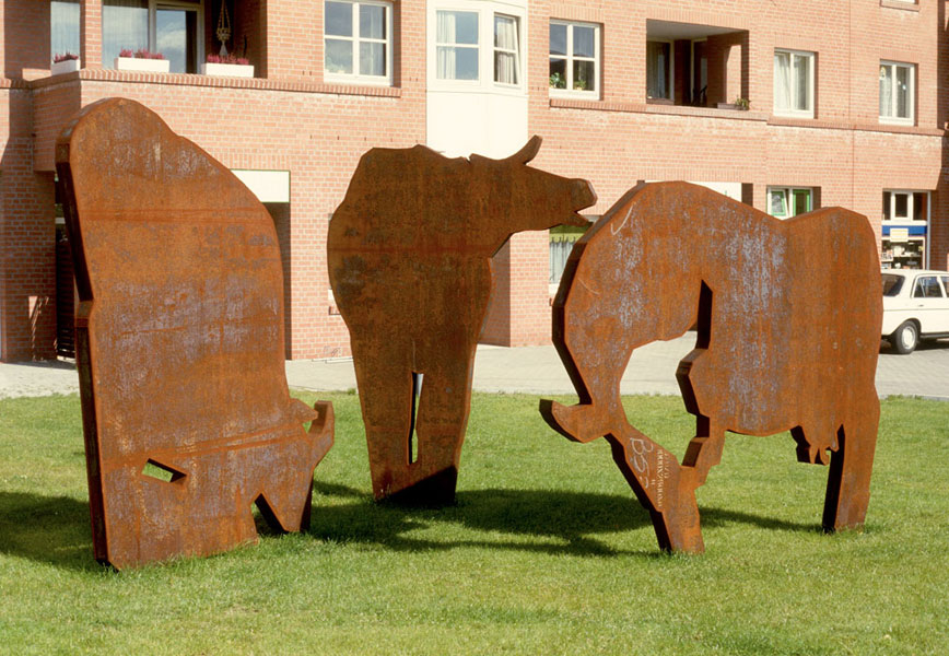 Kühe 1984-1985 – GlindeStahl – je 300 x 250 x 12 cm