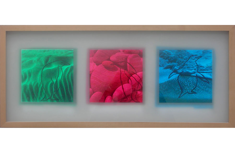Seaside 2003IKEA Rahmen, Fotos bemalt, mit Folie collagiert – 31 x 71 x 3 cm